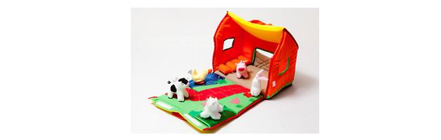 para los que ya crecieron un poco ms una casita granja que viene con animalitos la casita se abre y se cierra con abrojos los nios el